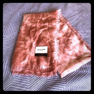 New without tags Aritzia Wool long tie dye scarf
